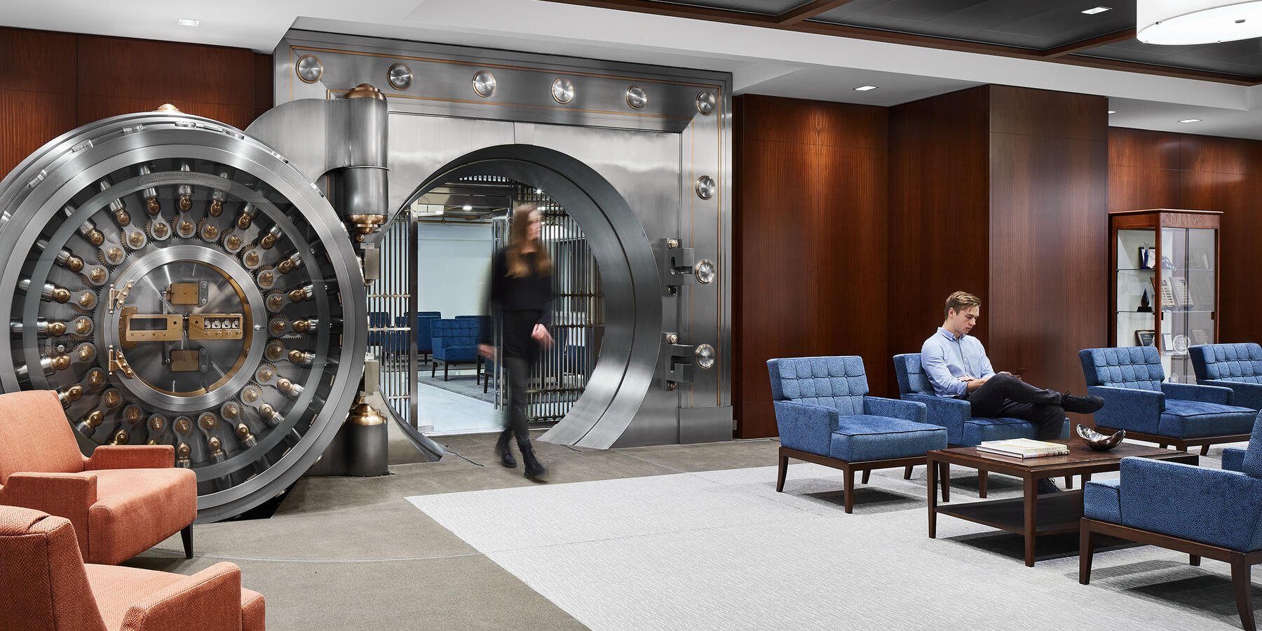 Interior Corporate Construction - CIBC Chicago interior vault