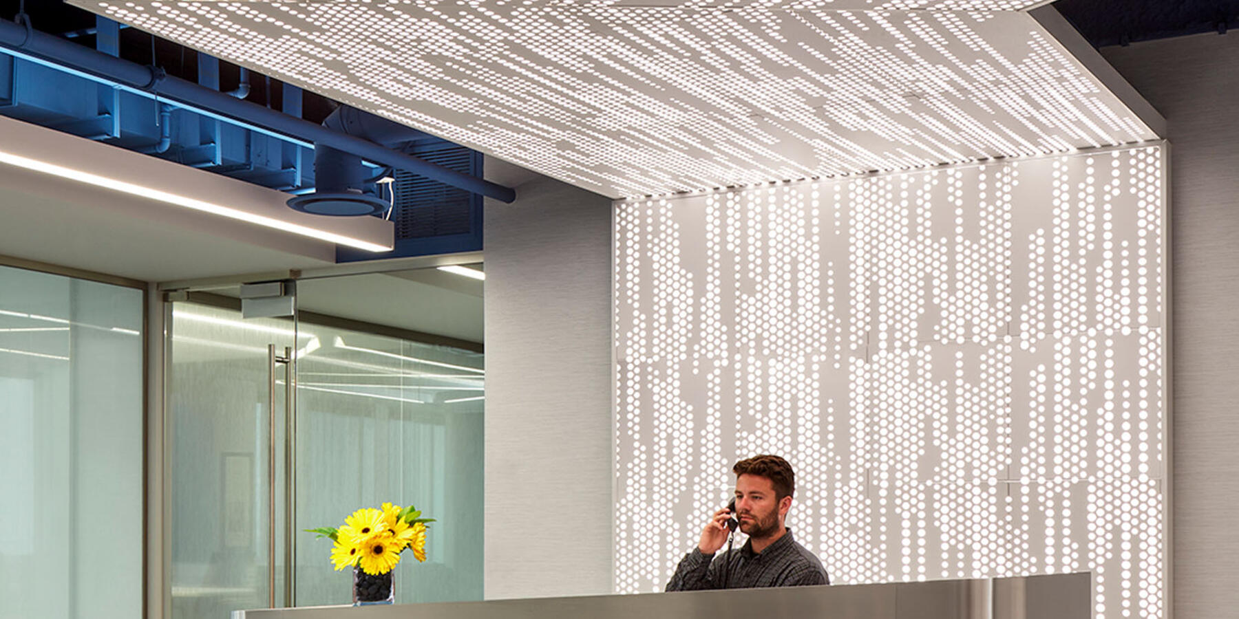 Commercial Contractors Chicago - Methode Electronics lobby reception desk