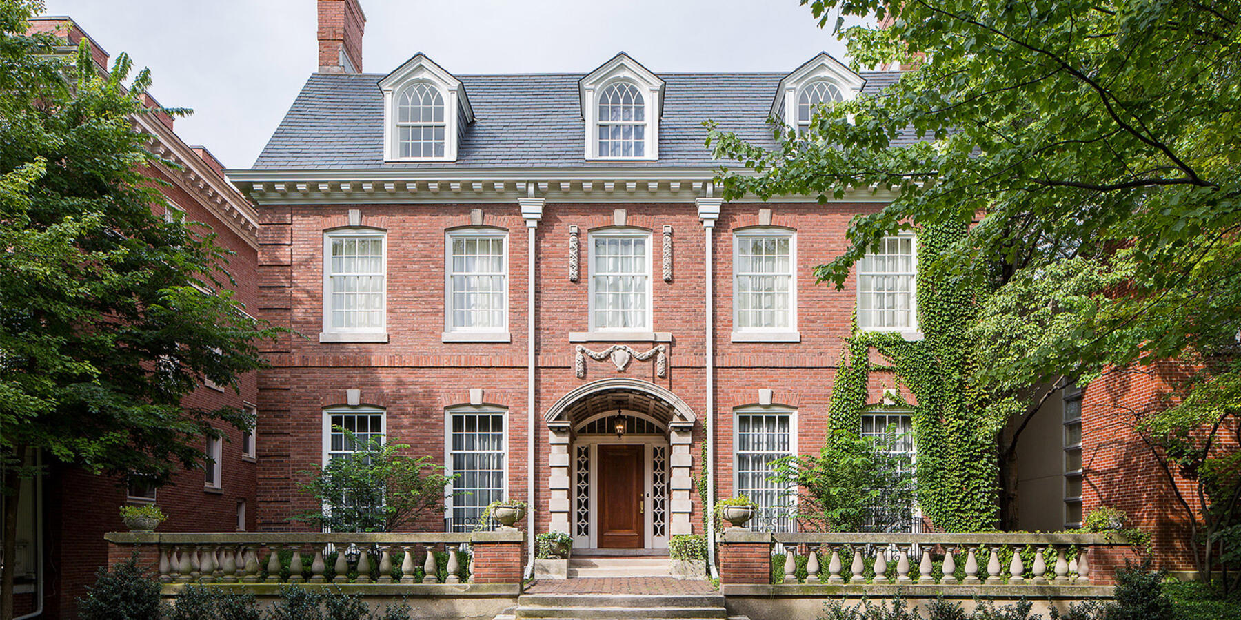 Historic Home Restoration & Renovation - Hyde Park Chicago exterior