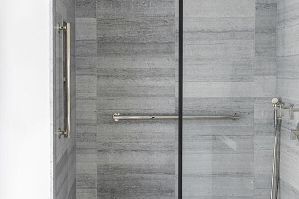 Luxury Residential Home Construction - Drake Tower Chicago bathroom shower detail