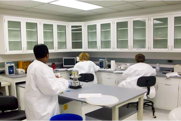 Life Sciences Construction Chicago - Fresenius Kabi microbiology testing lab