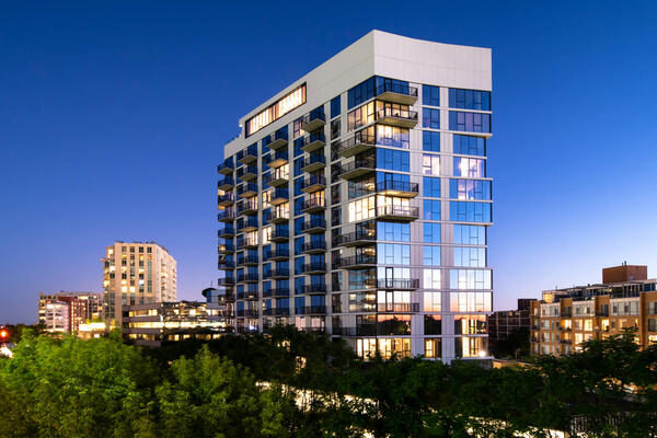 Senior Living Construction Chicago - Avidor Evanston exterior at dusk