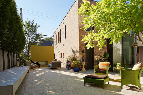 Custom Home Builders Chicago - Wicker Park Residence backyard patio