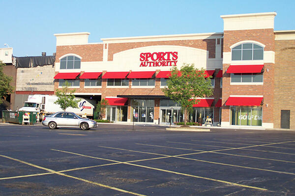 Chicago Retail Construction - Yorktown Center Expansion retail space Sports Authority parking
